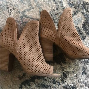 Lucky Brand peep toe perforated bootie 9